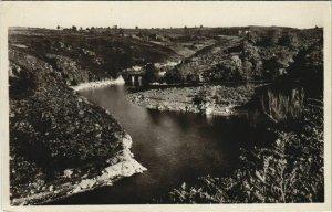 CPA CROZANT La Creuse et la Vallee - Vue en Amont (1144135)