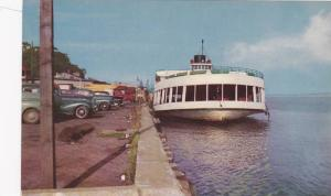 The Ferry , Trois-Rivieres , Quebec , Canada , 40-60s