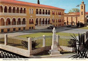 Cyprus Archiepiscopal Palace Nicosia Palast Vintage Cars Voitures