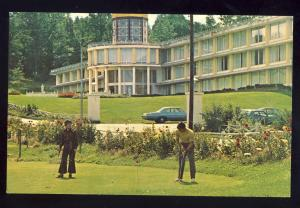 Mount Pocono, Pennsylvania/PA Postcard, Putting On The Green, Mount Airy Lodge