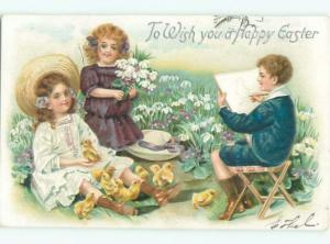 Divided-Back CHILDREN AT EASTER SCENE Great Postcard AA1737