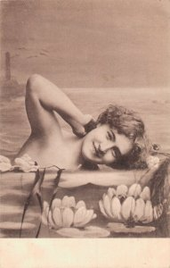 Art Nouveau Jugendstil Young Woman in the Water & Lilies Vintage Postcard 06.90