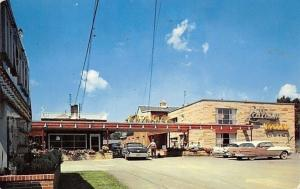 Latham New York~Latham Hotel~Nice 1950s Cars~Postcard