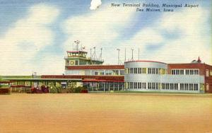 IA - Des Moines. Municipal Airport, New Terminal Building