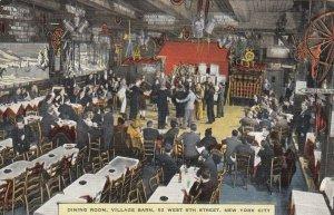 NEW YORK CITY , 1930-40s ; Dining Room , Village Barn