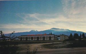 Exterior,  Columbia Motor Inn,  Revelstoke,  B.C.,   Canada,  40-60s
