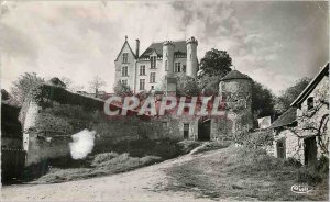 Postcard Modern Preuilly sur Claise (I and L) Chateau Lion Remains of ancient...