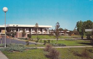 Exterior,  Isothermal Community College,  Spindale,  North Carolina,   40-60s