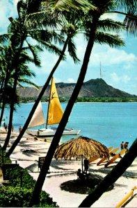 Hawaii Waikiki Beach With Diamond Head