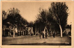 CPA FEURS - Avenue de la Gare (459550)