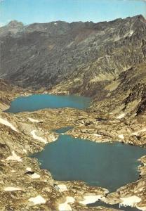 BT7757 Le s Pyrenees les lacs d artouste et d arremoulit        France