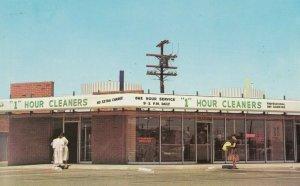 SANTA BARBARA , California , 1940-60s ;  1 Hour Cleaners