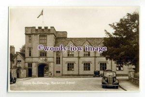 aj0564 - Dorset - The Grand Gateway into Sherborne School, c1940s - Postcard