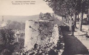 Chateau Thierry , France , 1900-10s ; Promenades sur le Vieux Chateau