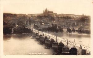 Czech R. Praha Hradcany, Prague Castle, Bridge, Postcard
