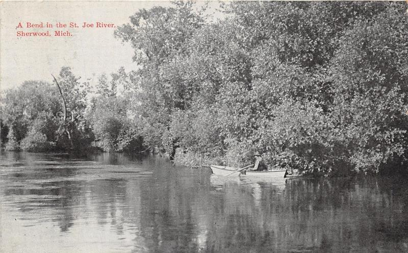 Sherwood Michigan~Bend in St Joe River~Man in Boat Along Edge~1912 B&W Pc