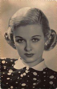 Joan Bennet Film Star Postcard
