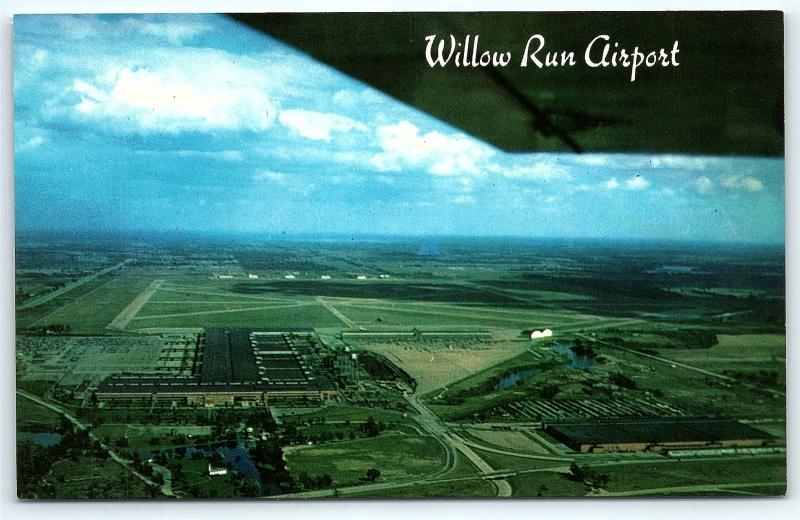 Postcard MI Detroit Willow Run Airport and The General Motors Plant E03