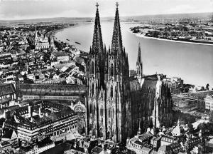 Germany Der Kolner Dom Flugbil von SW La Cathedrale de Cologne Cathedral