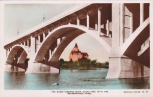 RP: Bridge , SASKATOON , Saskatchewan , Canada , 30-50s