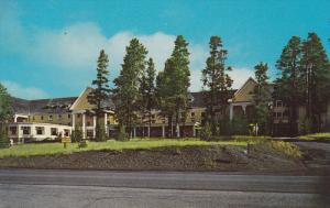 Lake Hotel, Yellowstone Lake, YELLOWSTONE National Park, Wyoming, 40-60s