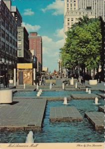 Memphis Mid America Mall Is The Longest Pedestrian Mall In The World Memphis ...