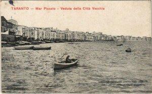 CPA Taranto Mar Piccolo Veduta della Citta Vecchia ITALY (809333)