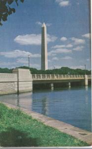 Washington DC, The Washington Monument, used not stamped, Postcard