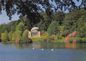 Stourheadgarden near Mere Wiltshire, The Pantheon in early June