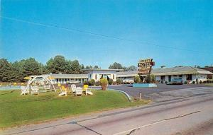 Greenwood South Carolina pool & entrance Young's Motel vintage pc ZA440510