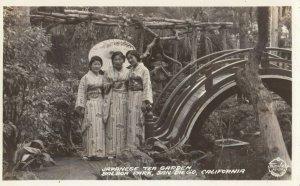 RP; SAN DIEGO , California , 1920-30s ; Japanese Tea Garden , Balboa Park