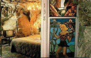 California San Luis Obispo Madonna Inn Room 138 Daisey Mae