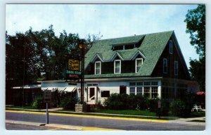 CODY, Wyoming WY ~ Roadside THE GREEN GABLES MOTEL ca 1960s  Postcard