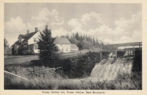 FROSTY HOLLOW , New Brunswick , 1930s; Inn