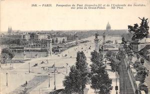 France Paris Perspective du Pont Alexandre III et de l'Esplanade des Invalides