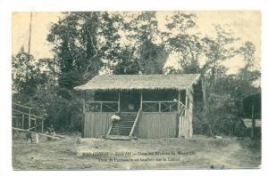 Dans Les Rivieres Du Mayumbe, Type De Factorerie En Bambou Sur La Lubizi, Bas...
