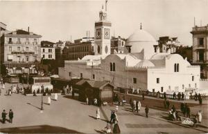 CPSM Algeria Alger Place du Gouvernement animee RPPC
