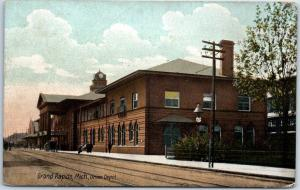 Grand Rapids, Michigan Postcard Union Depot Railroad Train Station View 1907