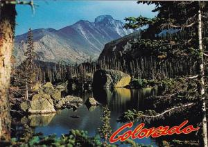 LAke Haiyaha Rocky Mountain National Park Colorado