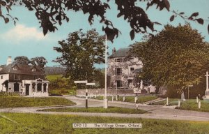 Village Green Otford Road Signpost Kent 1950s Postcard