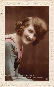 Miss Sybil Wise, Daily Mirror Beauty, 3rd Prize