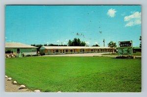 Newberry MI-Michigan, Roberts Motel, Chrome Postcard