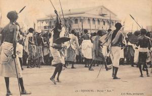 Djibouti Danse Issa Dance Dancers, Spears