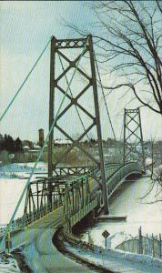 Le Pont, Grand Mere, Province of Quebec, Canada, 40-60s