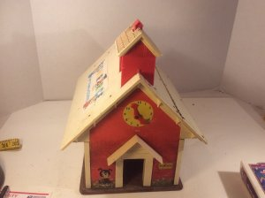 VINTAGE TOY 1971 FISHER PRICE SCHOOL HOUSE