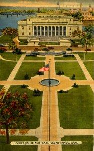 IA - Cedar Rapids. Linn County Courthouse & Plaza