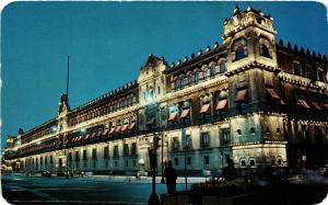 CPM Vista nocturna del Palacio Nacional MEXICO (599729)