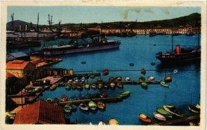 CPA TOULON Le Port-Vue sur la Rade (338164)