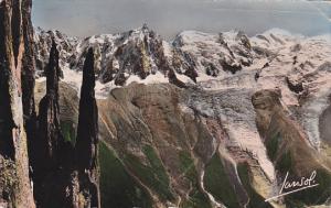 France Chamonix Les Jumeaux du Brevent L'Aiguille du Midi et le Mont Blanc
