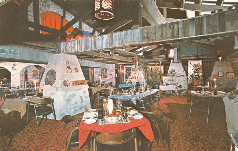 Aspen Colorado~Copper Kettle Restaurant Dining Room~Lots of Decorations~Postcard